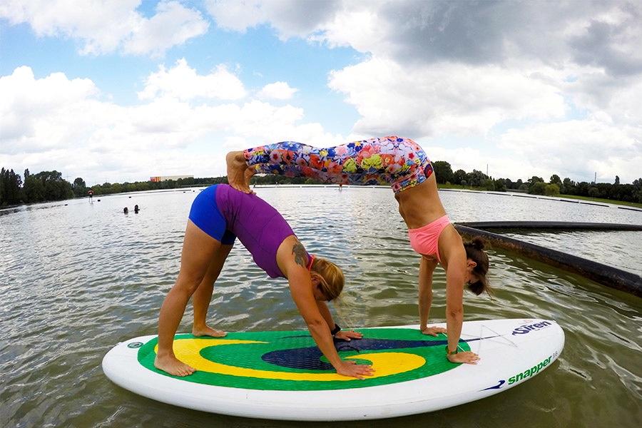 SUP Yoga für Triathletinnen