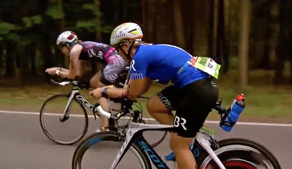 Franzi auf der Radstrecke in Roth