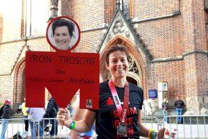 Katja Troschka finisht beim Ironman Hamburg