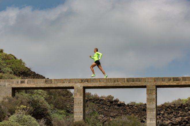 Profi-Triathletin Daniela Sämmler beim Laufen