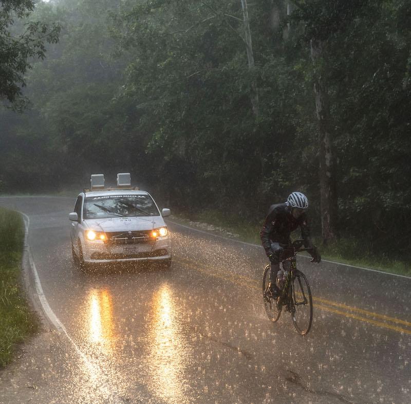 Nicole Reist trotz Regen, Kälrte und Hitze in Amerika