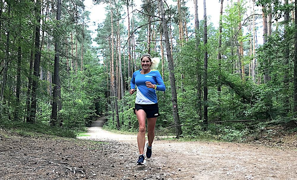 Profi-Triathletin Anja Ippach beim Laufen